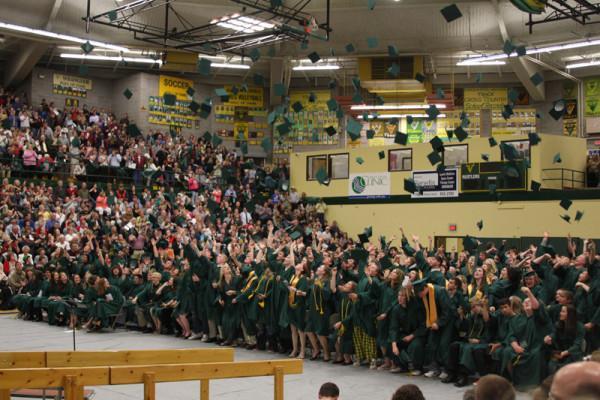 325+Rustlers+earn+diplomas