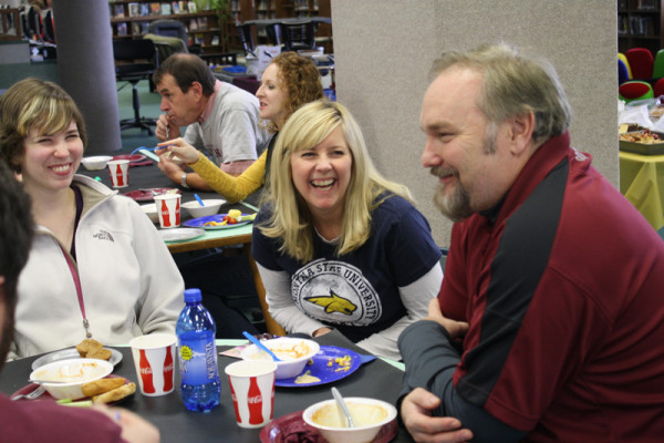 Faculty+Cat-Griz+fans+gather+for+annual+luncheon