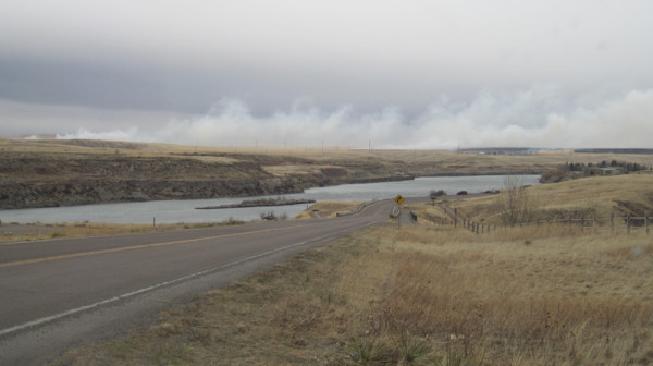 Smoke+is+visible+March+13+from+the+Giant+Springs+road+as+a+grass+fire+burns+on+the+oppostite+side+of+the+MIssouri.