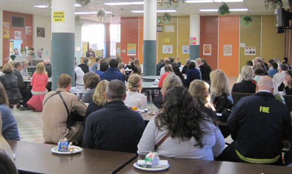 Outstanding+juniors+recognized+at+annual+breakfast