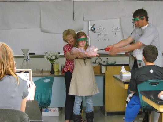 CHEMISTRY+CLASSES+PRODUCE+ANNUAL+%22MAGIC+SHOW%22