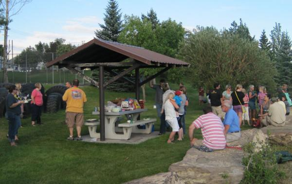 CMR+STAFF+GATHERS+FOR+START-OF-YEAR+PICNIC