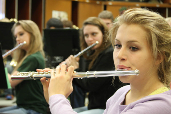 SYMPHONIC+BAND+PREPARES+FOR+UPCOMING+AA+BAND+FESTIVAL