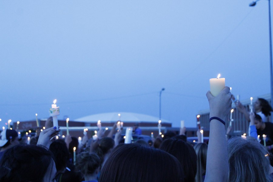 A+candlelight+vigil+was+held+at+8+p.m.+on+May+4+for+freshman+Kody+LaValley%2C+who+died+on+April+30.
