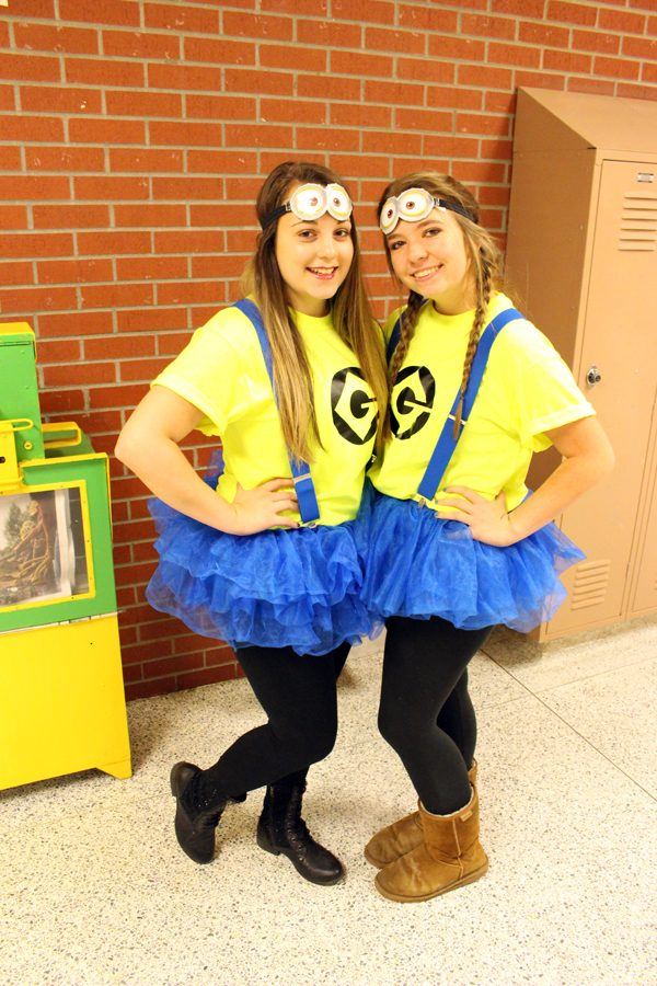Seniors Ashley Seibel and Savannah Fischer show off their twin day outfits on Oct. 4. Seibel is the yearbook Editor in Chief.