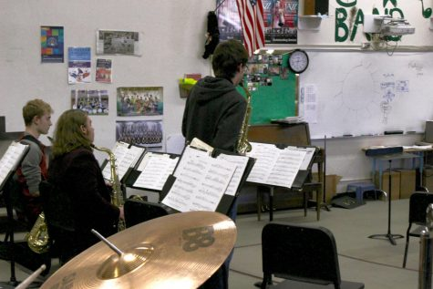 Orchestra greets students with Early Music