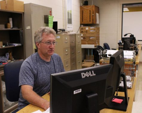 New math teacher incorporates relationships into his teaching style