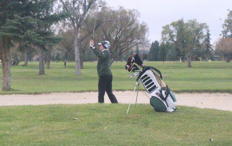 Rustles describe their experiences playing golf