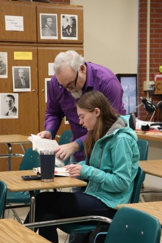 Retiring English teacher offers advice to seniors